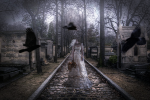 cemetery_ghost_by_fallenangelgothic-d5ppla2